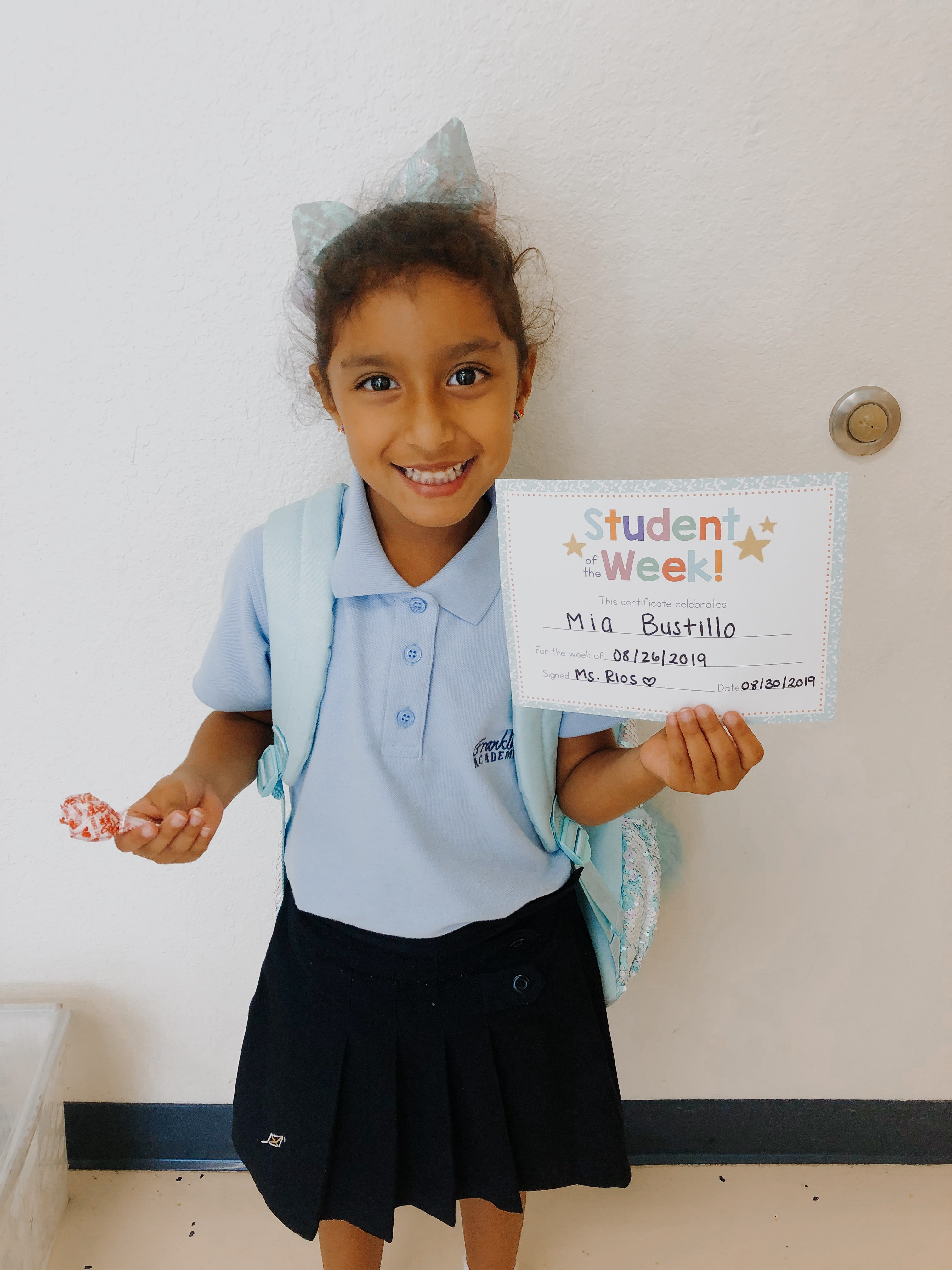 STUDENT OF THE WEEK! Image number 5