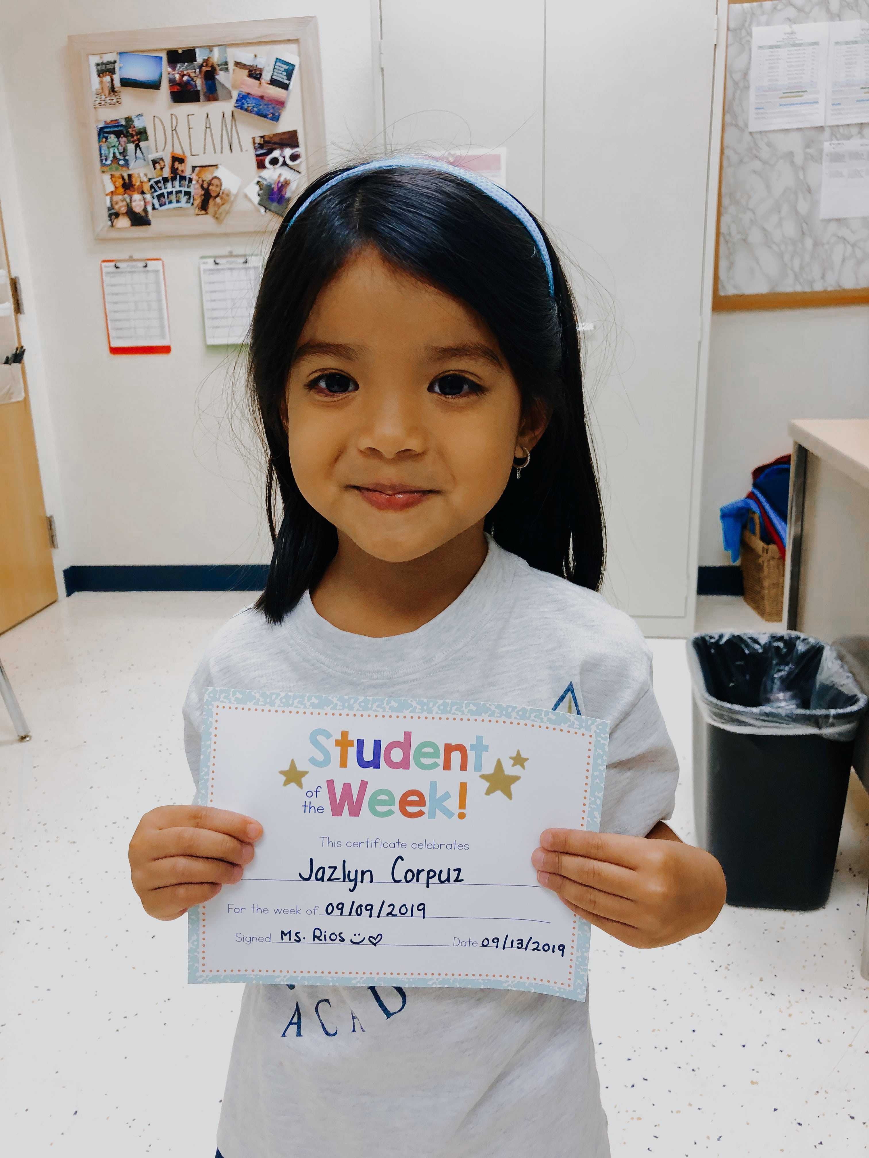 STUDENT OF THE WEEK! Image number 4