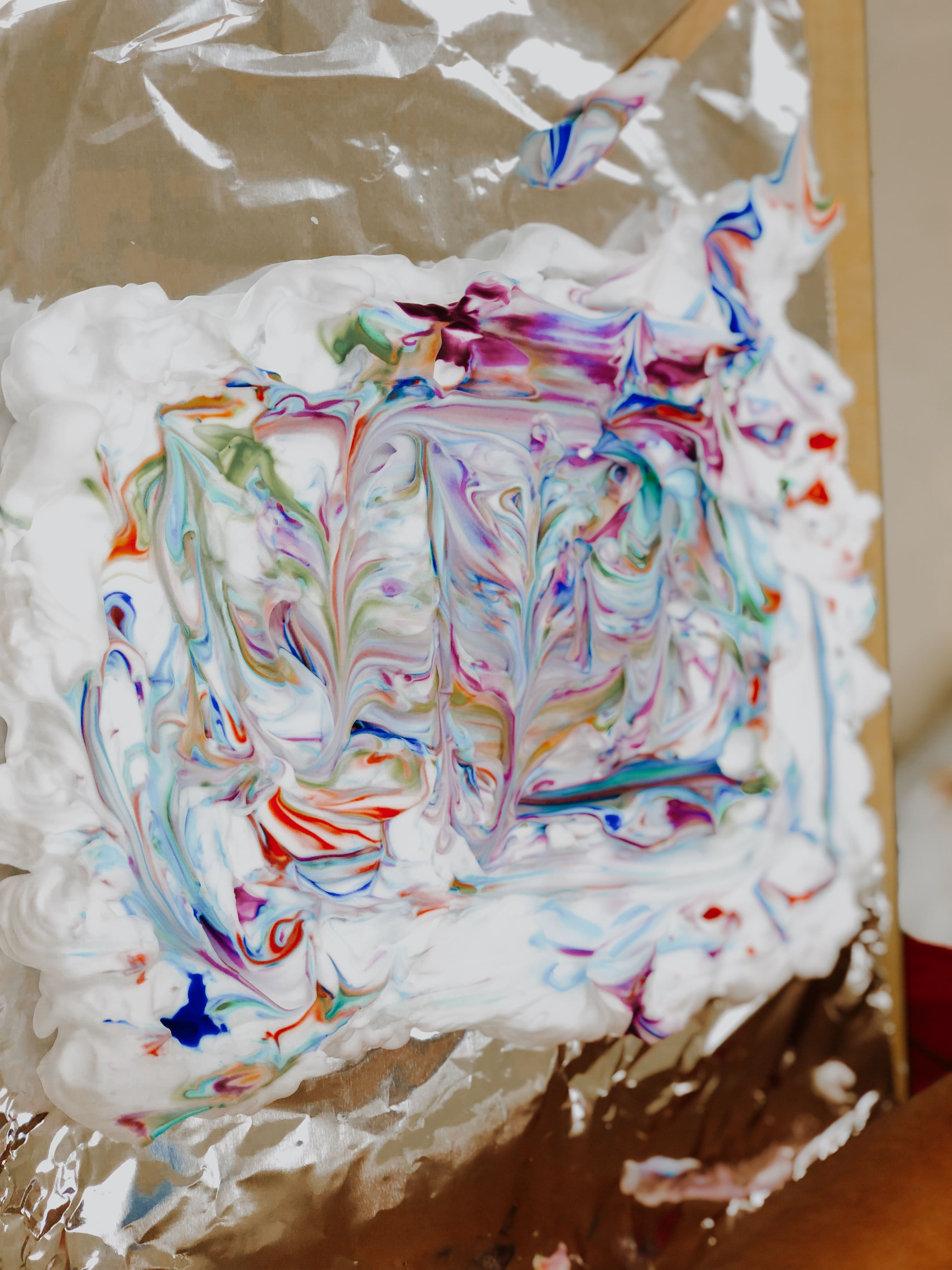 Shaving Cream Marble Painting! Image number 8